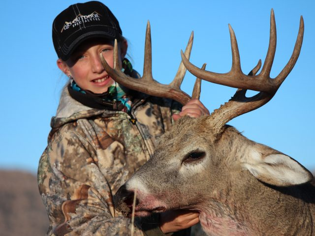 Youth-Hunting-QRS-Wyoming-Whitetail-Deer